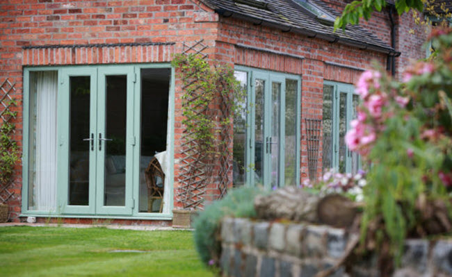 doorspage1
